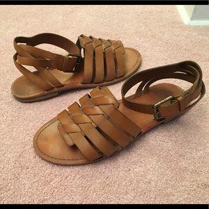 Frye Riley Huarache Two-Piece tan sandals 8